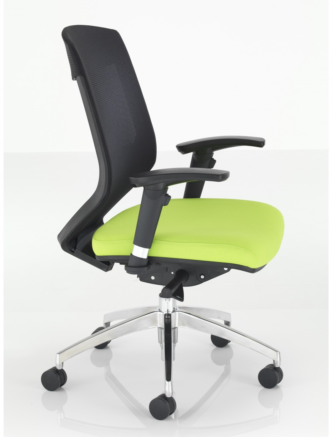 all sharp furniture fmt usm black resmode wid op george mesh chair hei default qlt p pd office view