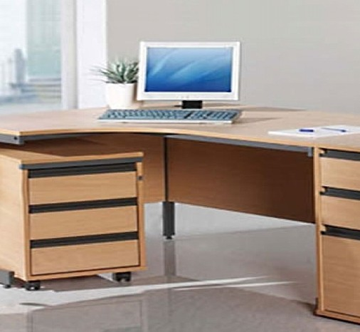 Maestro Office Desks - 69 Items